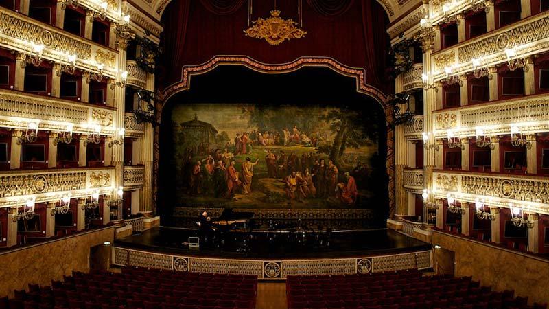 Teatro San Carlo Napels
